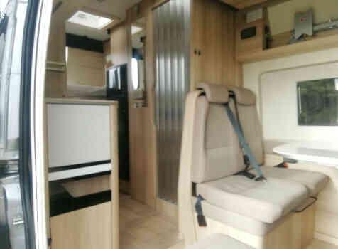 camping-car CAMPEREVE FAMILY VAN   intérieur / coin salon