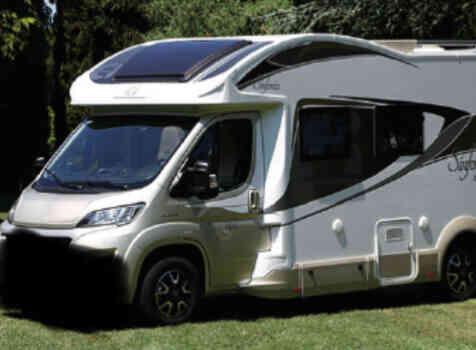 camping-car  ADRIA  SINFONIA 65 XT  extérieur / latéral gauche