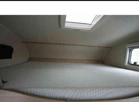 camping-car  SUNLIGHT CAPRON  intérieur / autre couchage