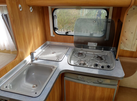 camping-car BURSTNER MARANO  intérieur
