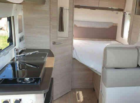 camping-car RAPIDO C56  intérieur