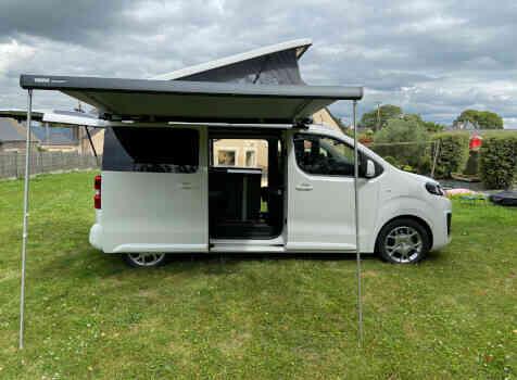 camping-car POSSL CAMPSTER  extérieur / latéral droit