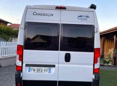 camping-car CHAUSSON TWIST 594  extérieur / arrière