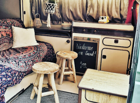camping-car  WESTFALIA JOKER T3  intérieur / coin salon
