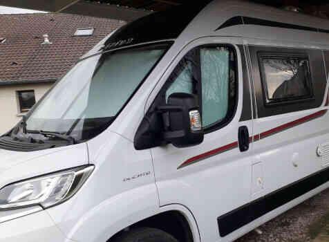 camping-car RAPIDO V55  extérieur / latéral gauche