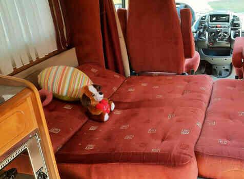 camping-car RAPIDO  LE RANDONNEUR  intérieur / autre couchage