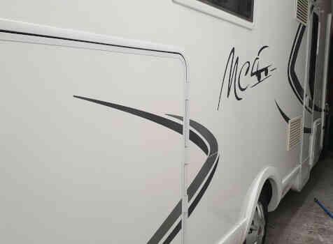 camping-car MC LOUIS MC4 80  extérieur / latéral droit