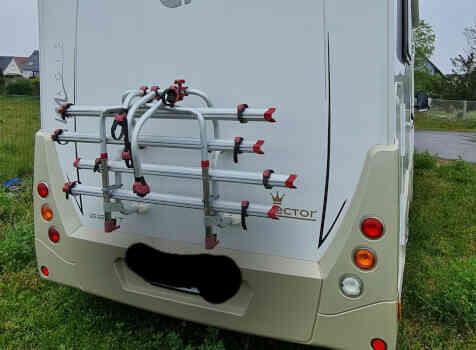 camping-car CI MAGIS 66 XT  extérieur / arrière