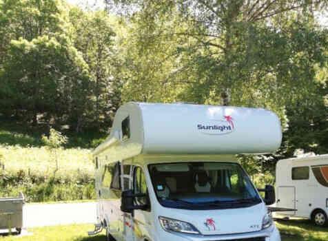 camping-car SUNLIGHT A72   extérieur / face avant