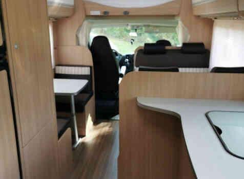 camping-car SUNLIGHT A72   intérieur / coin salon