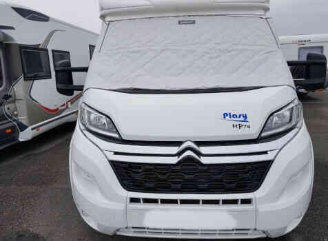 camping-car  PLASY HP74  extérieur / face avant