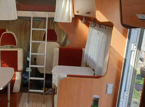 camping-car MOOVEO C7  intérieur / coin salon