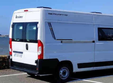 camping-car BENIMAR BENIVAN 110  extérieur / latéral gauche