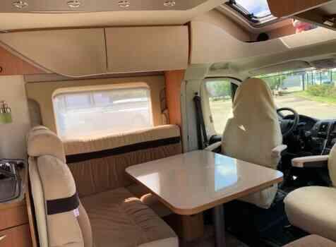 camping-car BURSTNER IXEO IT 735  extérieur / arrière