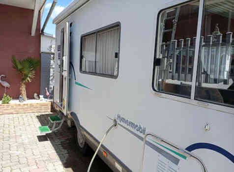 camping-car HYMER B544  extérieur / face avant