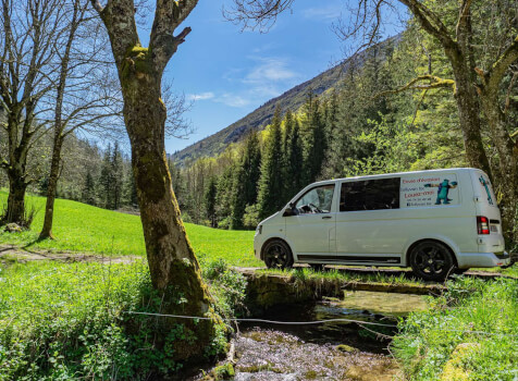camping-car    TRANSPORTER T 5  extérieur / latéral
