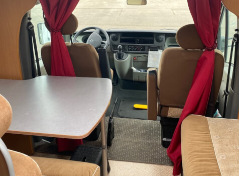camping-car MOOVEO P660  intérieur / coin salon