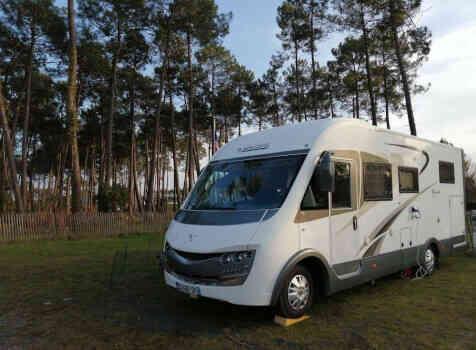 camping-car MOBILVETTA  K-YACHT 85  extérieur / latéral gauche