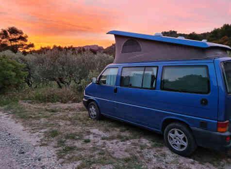 camping-car VOLKSWAGEN CALIFORNIA  extérieur / latéral gauche