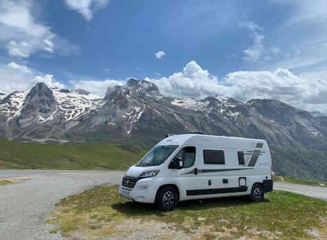 camping-car MC LOUIS MENFYS 3 MAXI S-LINE BVA  extérieur / latéral gauche