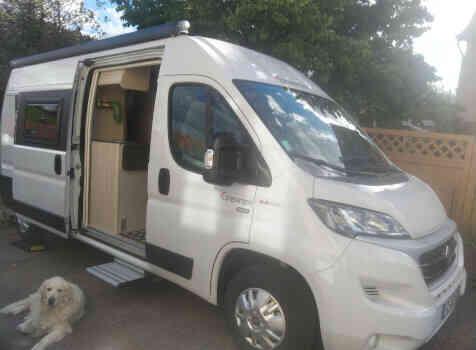 camping-car DREAMER D 53   extérieur / latéral droit