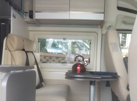 camping-car DREAMER D 53   intérieur / coin salon