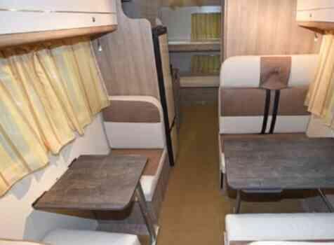 camping-car PLA HAPPY  435  intérieur / coin salon