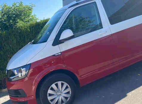 camping-car CALIFORNIA T 6  extérieur / latéral gauche