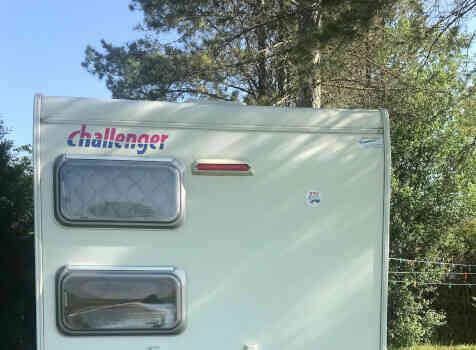 camping-car CHALLENGER GENESIS   extérieur / arrière