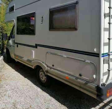 camping-car  MC LOUIS  431  extérieur / latéral gauche