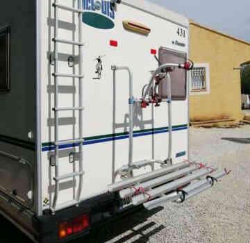 camping-car  MC LOUIS  431  extérieur / arrière