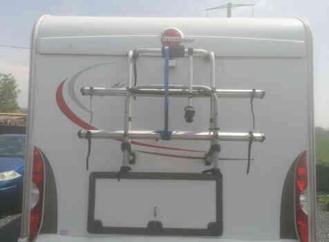 camping-car BURSTNER NEXXO T 687  extérieur / arrière