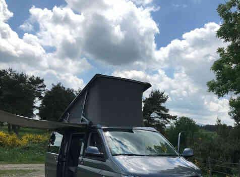 camping-car WESTFALIA VW T5  extérieur / face avant