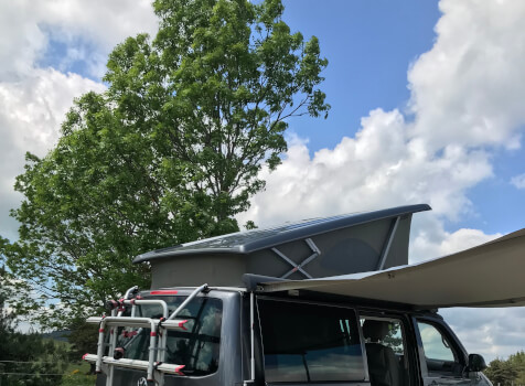 camping-car WESTFALIA VW T5  extérieur / latéral droit