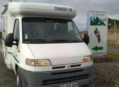 camping-car CHAUSSON WELCOME 50  extérieur / face avant
