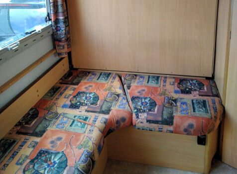 camping-car CHAUSSON WELCOME 50  intérieur / autre couchage