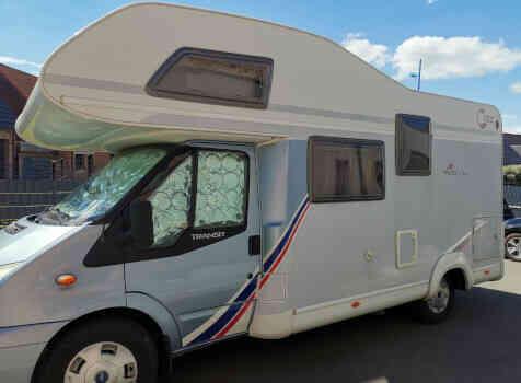 camping-car TEC FREETEC  extérieur / latéral gauche