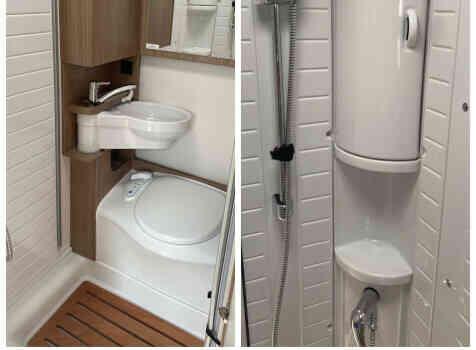 camping-car CARADO   intérieur / salle de bain  et wc