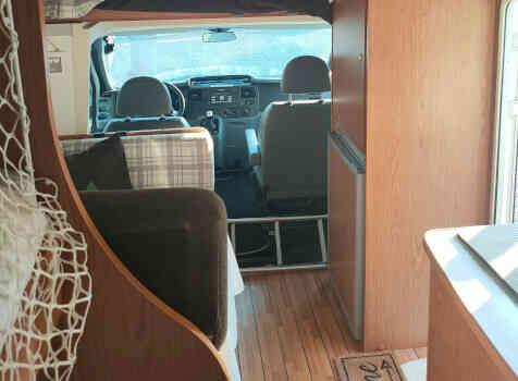 camping-car RIMOR XGO  intérieur / coin salon