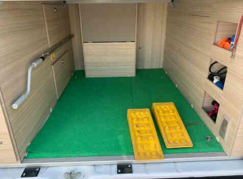 camping-car  ADRIA TWIN PLUS 640 SLB  intérieur / autre couchage