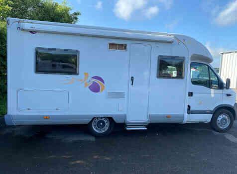 camping-car MOOVEO P660  extérieur / latéral droit