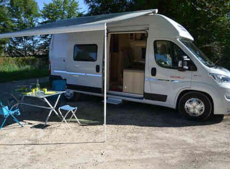camping-car CAMPEREVE FAMILY VAN  extérieur / latéral droit