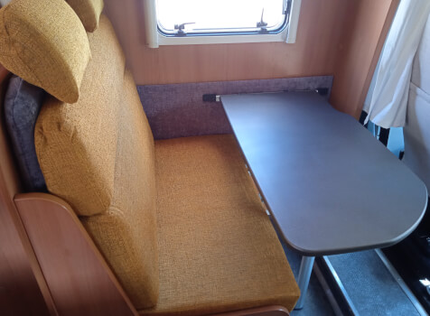 camping-car DETHLEFFS SUMMER 8   intérieur / coin salon