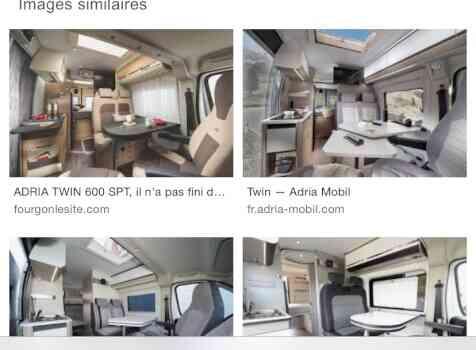 camping-car  ADRIA SPB SUPREME  intérieur / coin salon