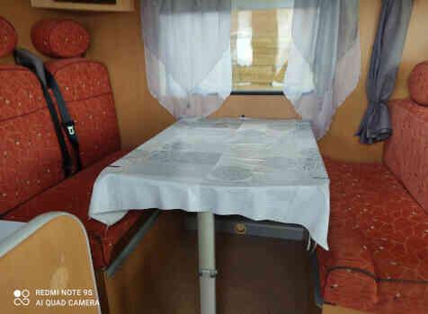 camping-car MOOVEO I 716  intérieur / coin salon