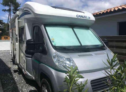 camping-car CHAUSSON SWEET  GARAGE  extérieur / face avant