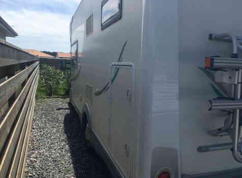 camping-car CHAUSSON SWEET  GARAGE  extérieur / latéral droit