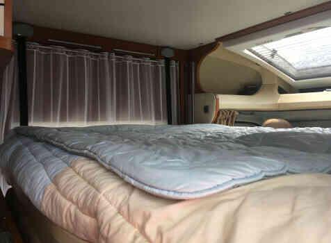 camping-car CHAUSSON SWEET  GARAGE  intérieur / autre couchage