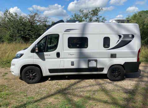 camping-car CHAUSSON TWIST V 594  extérieur / latéral gauche