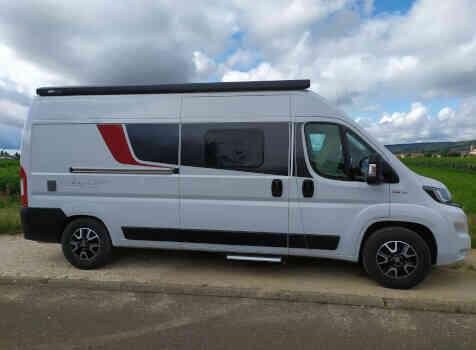 camping-car CITY CAR C 600  extérieur / latéral droit